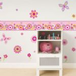 5m X 17.5cm Self Adhesive  Girls Pink Kids Bedroom Wall Butterfly Flower Border